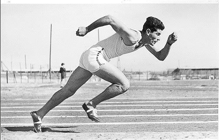A_sprinter_during_the_1st_Maccabiah